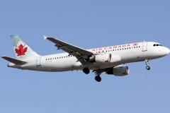 c-flss-air-canada-airbus-a320-211