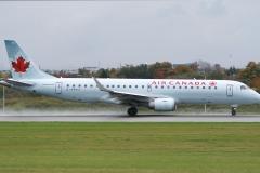 Air Canada Embraer ERJ-190ar