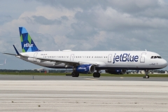 n913jb-jetblue-airways-airbus-a321-231wl