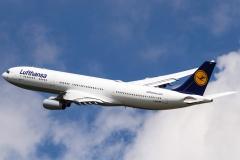 Lufthansa Airbus A340-310