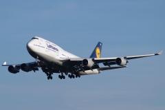 d-abvm-lufthansa-boeing-747-430