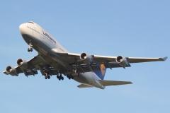 d-abvr-lufthansa-boeing-747-431