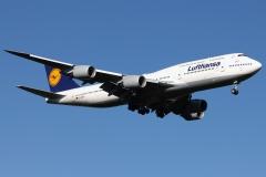 d-abyo-lufthansa-boeing-747-830