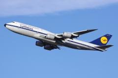 d-abyt-lufthansa-boeing-747-830