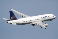 n472ua-united-airlines-airbus-a320-232