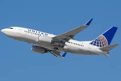 n14731-united-airlines-boeing-737-724wl