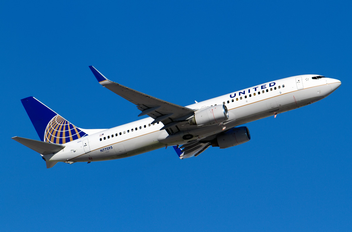 Boeing 737 800 United Airlines Photos And Description Of