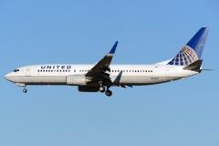 n13227-united-airlines-boeing-737-824wl