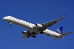n75854-united-airlines-boeing-757-324wl