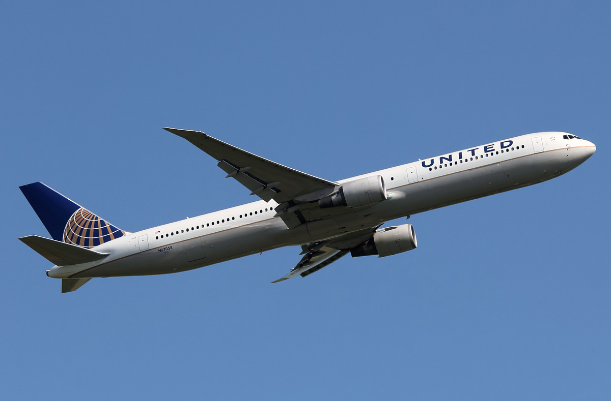 Boeing 767 400 United Airlines Photos And Description Of