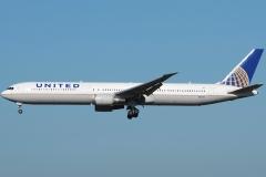 n66051-united-airlines-boeing-767-424er