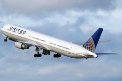 n66056-united-airlines-boeing-767-424er