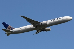 n67058-united-airlines-boeing-767-424er