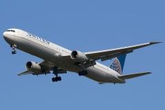n78060-united-airlines-boeing-767-424