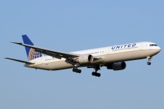n78060-united-airlines-boeing-767-424er