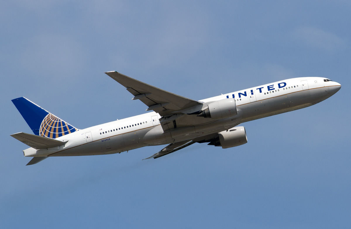 Boeing 777-200 United Airlines. Photos and description of ...