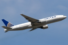 n769ua-united-airlines-boeing-777-222