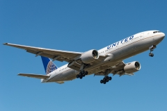 n775ua-united-airlines-boeing-777-222