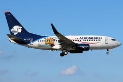 aeromxico-boeing-737-700