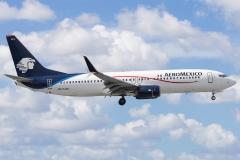 n875am-aeromxico-boeing-737-800