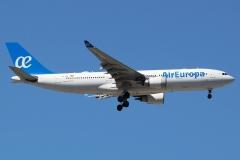 ec-kom-air-europa-airbus-a330-202