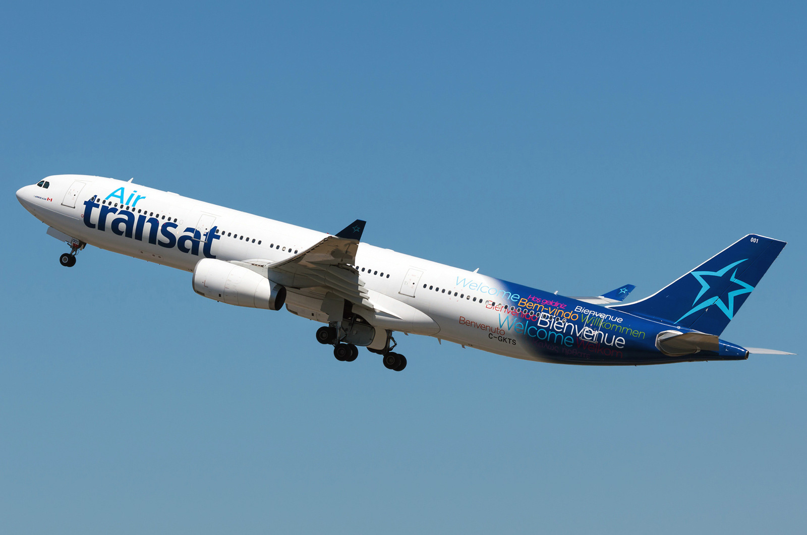 Airbus A330 300 Air Transat Photos And Description Of The Plane