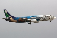 n705as-alaska-airlines-boeing-737-49
