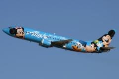 n784as-alaska-airlines-boeing-737-4q8