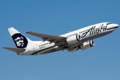 n614as-alaska-airlines-boeing-737-700