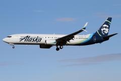 n236ak-alaska-airlines-boeing-737-990erwl
