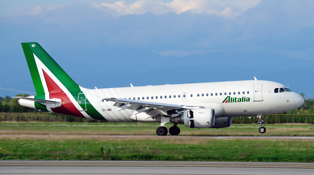 Airbus A319 100 Alitalia Photos And Description Of The Plane