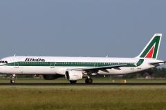 i-bixl-alitalia-airbus-a321-112