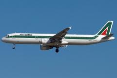i-bixq-alitalia-airbus-a321-112