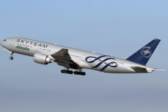 ei-ddh-alitalia-boeing-777-243er