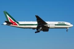 ei-isb-alitalia-boeing-777-243er