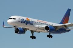 n902nv-allegiant-air-boeing-757-204wl