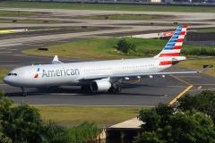 n270ay American Airlines Airbus A330-330