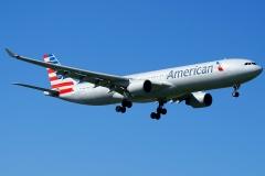 n271ay American Airlines Airbus A330-323