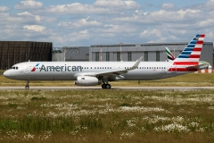 d-azak American Airlines Airbus A321-231wl