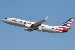 Boeing 737-823 American Airlines