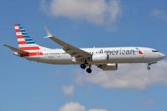 n310rf-american-airlines-boeing-737-8-max