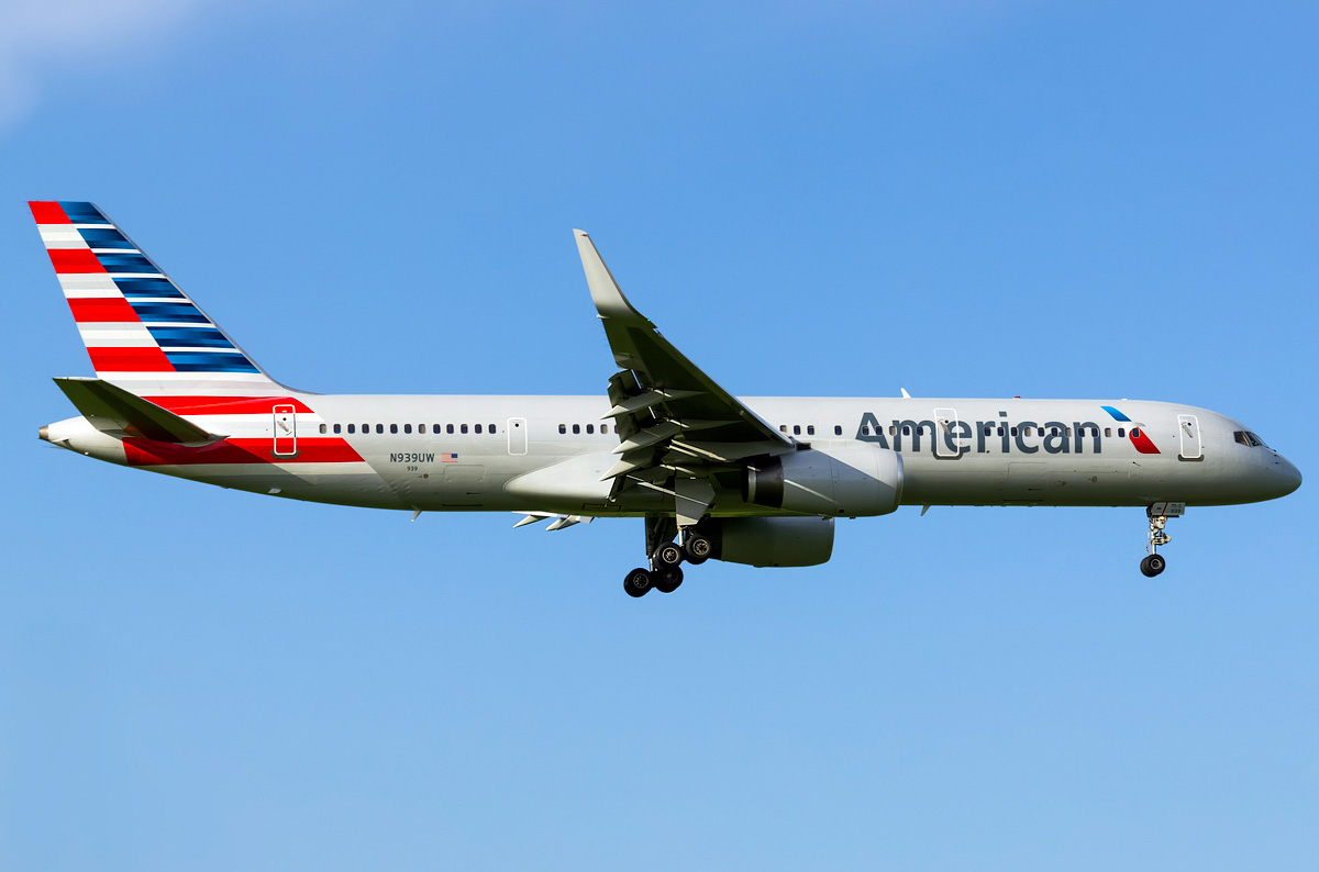 Boeing 757 200 American Airlines Photos And Description