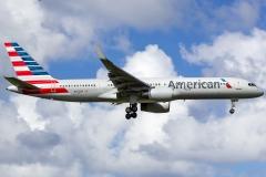 n942uw-american-airlines-boeing-757-2b7