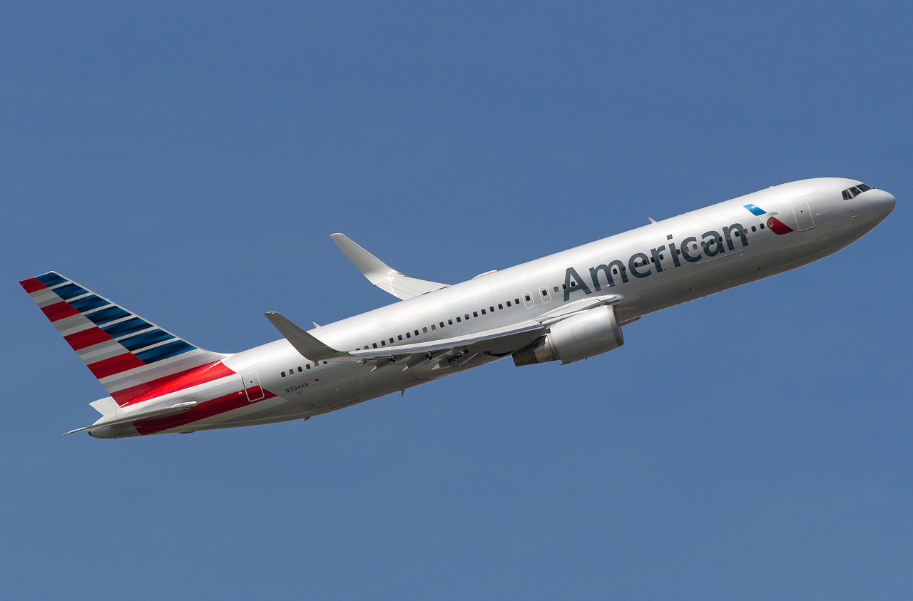 Boeing 767-300 American Airlines  Photos and description of
