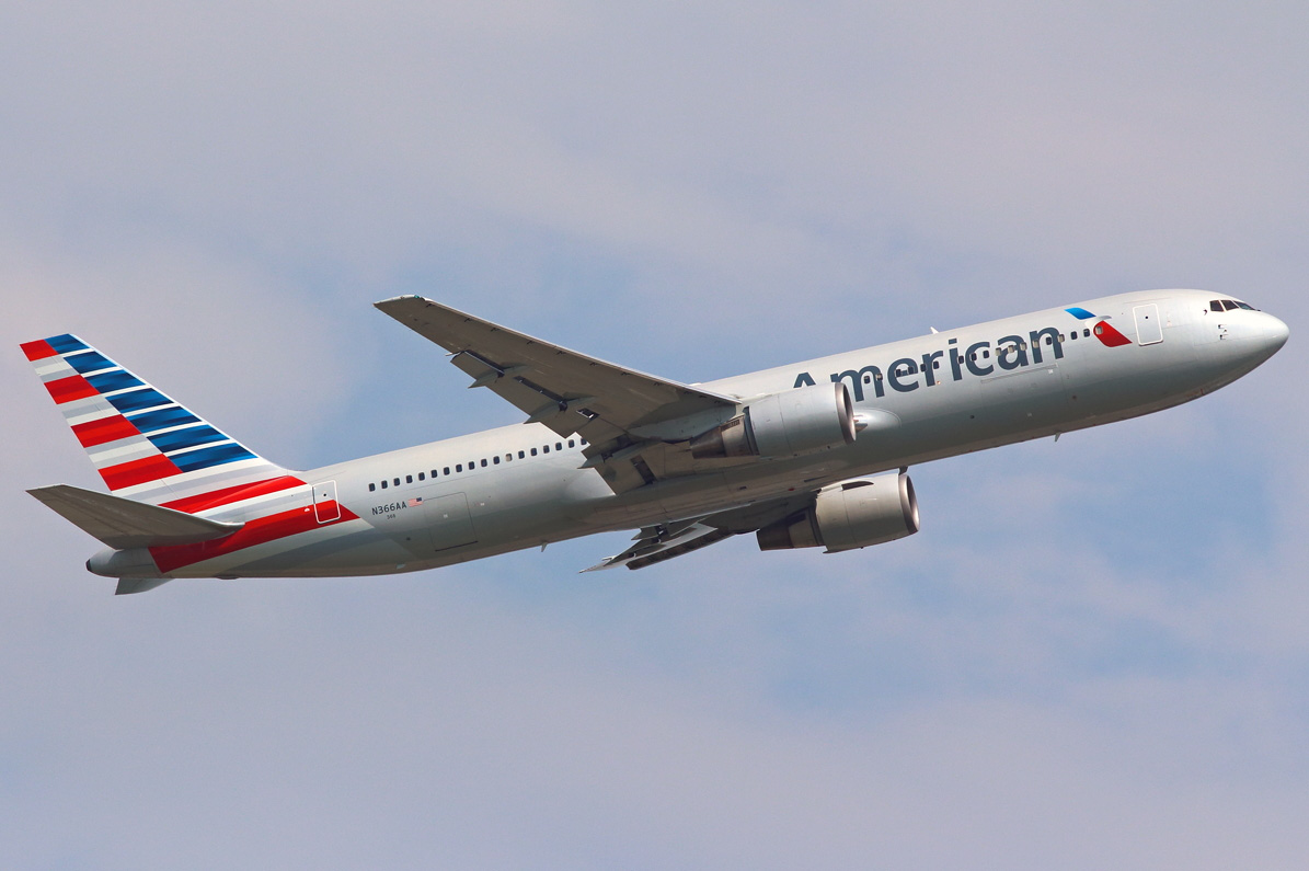 Boeing 767-300 American Airlines. Photos and description ...