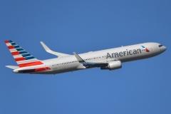 n394an American Airlines Boeing 767-300er