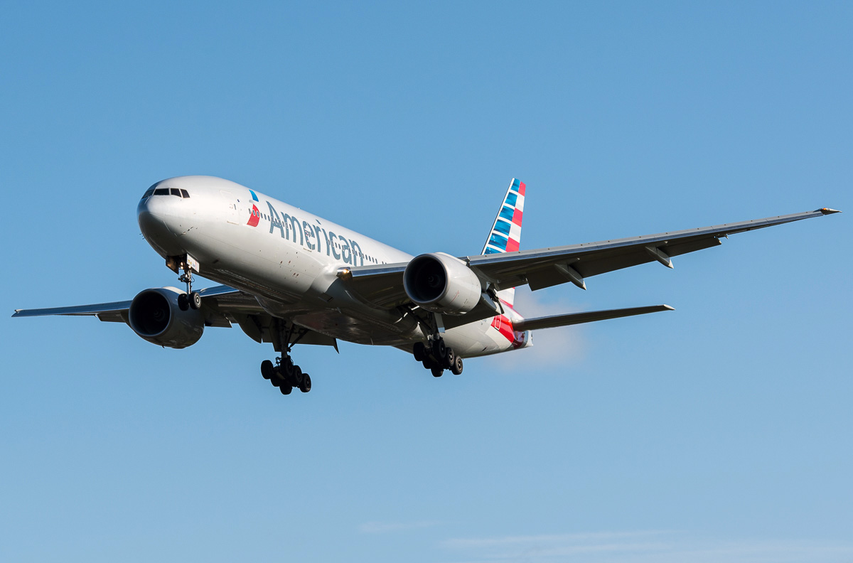 Boeing 777 200 American Airlines Photos And Description