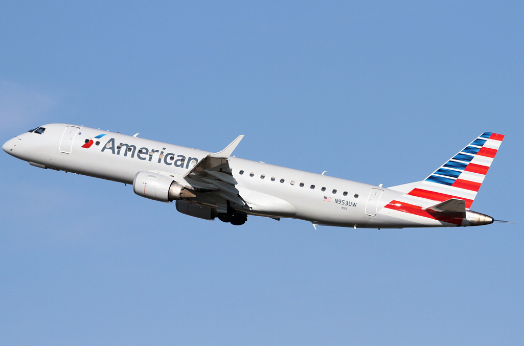 Embraer erj 190 american airlines photos and description of the plane