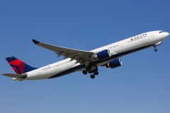 n804nw-delta-air-lines-airbus-a330-323