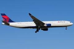 n811nw-delta-air-lines-airbus-a330-323